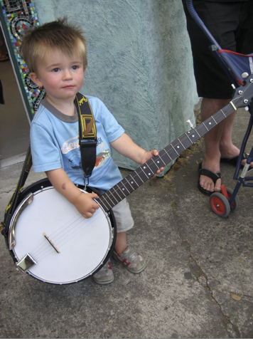 child_with_banjo.png