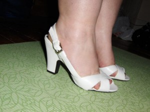 14f2/1246555302-cankles_shoe-300x225.jpg