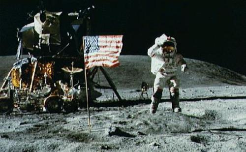 Apollo Moon Landing Photos. 68be/1248119810-apollo-11-moon