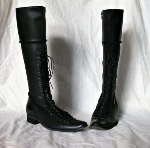 blackboots_large.jpg