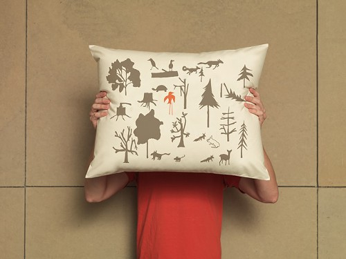 PILLOW_WoodlandAdv_HI.jpeg