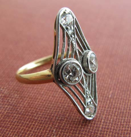 1930s Shield Diamond Ring
