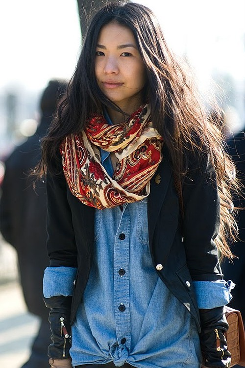 stylin_scarf_denim.jpg